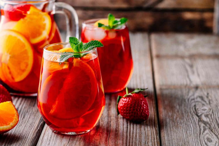 stawberry wine cooler